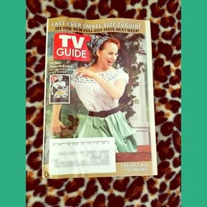 Last Ever Small TV Guide! Reba As Lucy Cover 2005